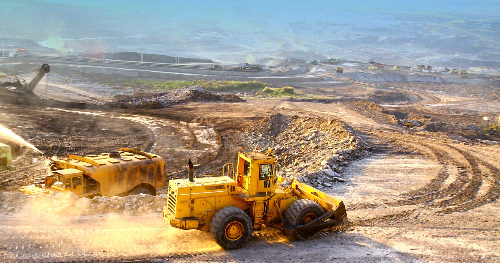 acme minerals extraction company management essay The case of acme mineral extraction company helps in identifying the management approach and the leadership styles that lead to the success of the project based work teams in a particular situation.